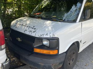 Chevy express 3500 2003 for Sale in New York, NY