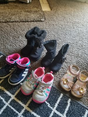 Lot. Shoes for Girls 6T. for Sale in Everett, WA