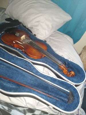 Brand new Violin and case and accessories for Sale in San Diego, CA