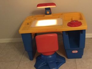 Desk proyector for Sale in Round Rock, TX
