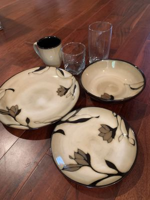 Full Dining Set- Plates, Bowls, Cups, Mugs for Sale in Austin, TX