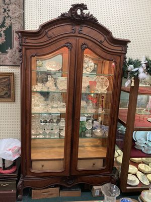 Antique French Louis XVI Cabinet Display Case for Sale in Orange, CA