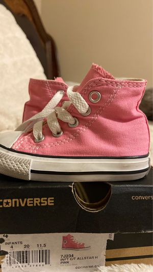 Size 4 converse for Sale in Las Vegas, NV