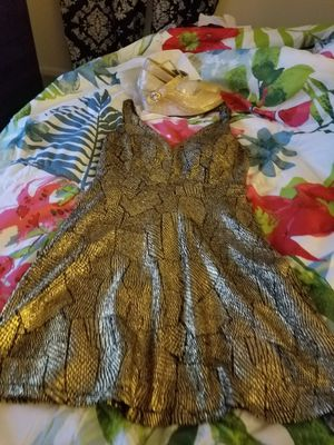 Pre owned dress and shoe for Sale in Aspen Hill, MD