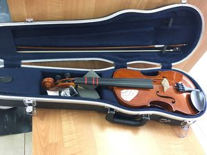 Yamaha violin with case for Sale in West Covina, CA