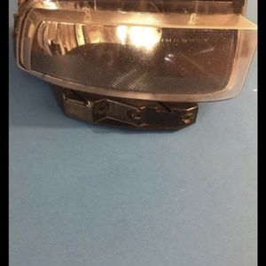 CORVETTE C6 RIGHT SIDE FOG LIGHT for Sale in Moreno Valley, CA