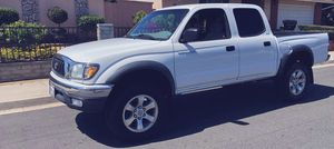 EXCELLENT BODY CONDITION TOYOTA TACOMA 2003 for Sale in Newport News, VA