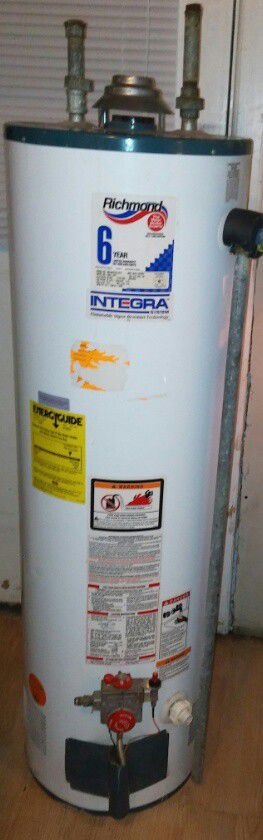 GARY,IN Stove Gas Hot water heater electric gas furnace washer dryer refrigerator fridge for Sale in Chicago, IL