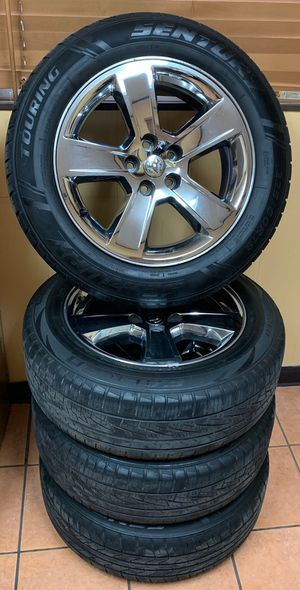 2010 Dodge Charger R/T chrome stock rims size 18 for Sale in Houston, TX