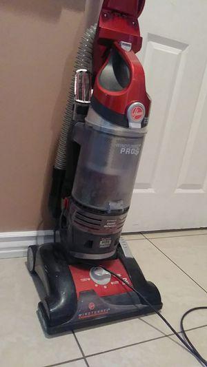 Hoover vacuum for Sale in Rialto, CA