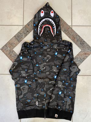 BAPE SPACE CAMO SHARK HOODIE SZ (L) for Sale in Plano, TX