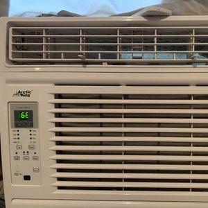 Arctic King 12k BTU (like NEW) AC Window Unit for Sale in Philadelphia, PA