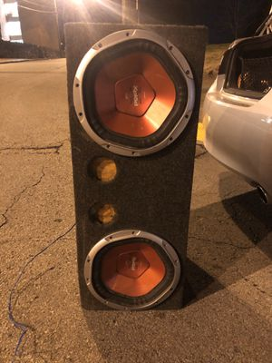 2/12s Sony Xplod with breathing Box/wire for Sale in Nashville, TN