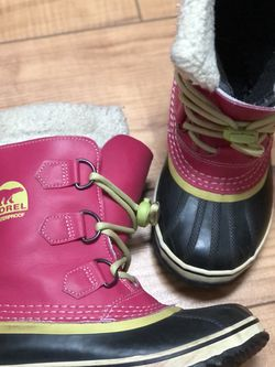 Girls Sorel Snow Boots for Sale in Vancouver,  WA