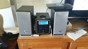 iLive dvd/cd/ ipod stereo with speakers for Sale in Tacoma, WA