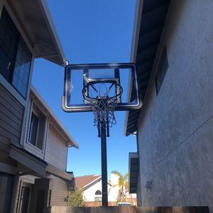 Free Basketball hoop for Sale in Alameda, CA