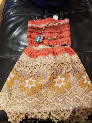 Moana costume/dress up for Sale in Beltsville, MD