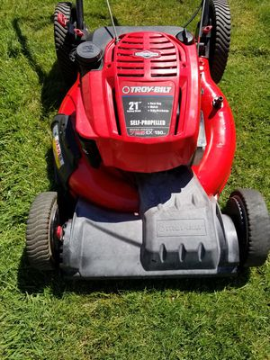 Troy-bilt selfpropelled lawnmower for Sale in Everett, WA