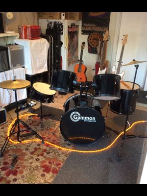 Drums. Like new for Sale in Avondale, AZ