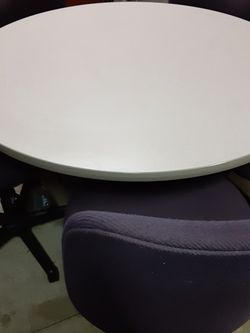 Conference Table with 5 Chairs for Sale in El Monte,  CA