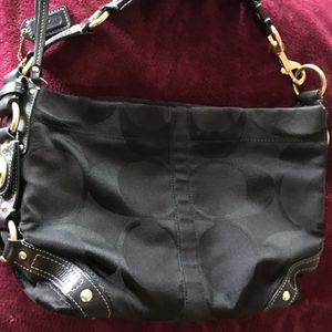COACH HOBO PURSE for Sale in Eastlake, OH
