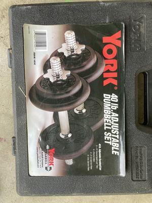 York. 40 lb. adjustable dumbbell set for Sale in Claremont, CA