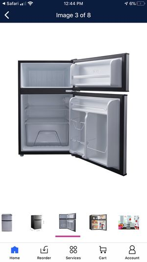New Galanz mini fridge Two doors. Nueva for Sale in Fort Worth, TX