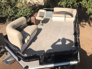 Pontoon boat floors and upholstery same day service for Sale in Fresno, CA