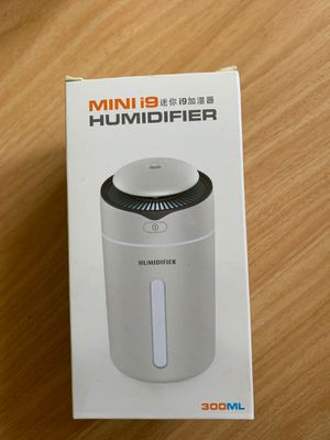 Mini humidifier 300ml for Sale in Severna Park, MD