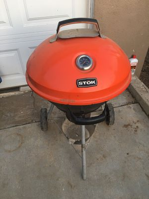 BBQ grill for Sale in LAKE MATHEWS, CA