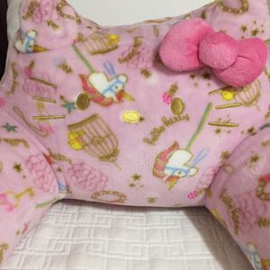 Hello Kitty super cute pink seat cushion for Sale in Lawndale, CA