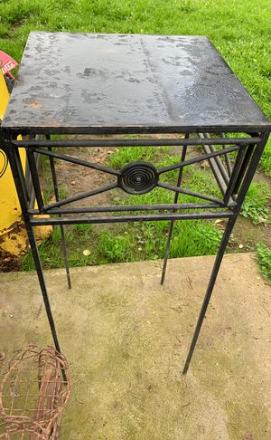 Plant stand for Sale in Lodi, CA