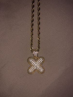 18K GOLD X PENDANT CHAIN for Sale in Vancouver, WA