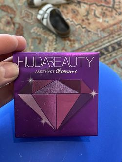 Huda Beauty Amethyst Obsession for Sale in Rancho Santa Margarita,  CA