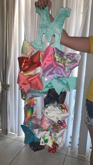 Jojo siwa bows 18 available for Sale in Perris, CA