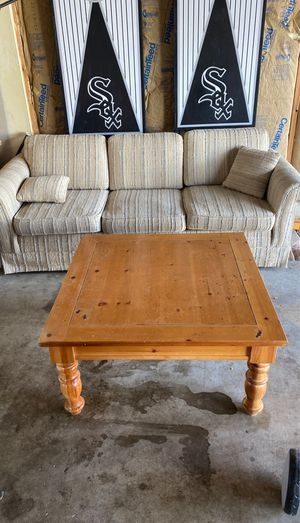 Free table and couch for Sale in Plainfield, IL