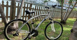 """Crosstown 26 in"""" bike for Sale in Miami Beach, FL"""