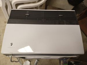 friedrich sm 24n30a-a window AC wifi able with remote for Sale in Fort Washington, MD