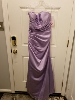 Prom/ bridesmaid dresses. Sizes 6 and 8. for Sale in Frederick, MD