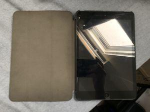 iPad mini - 1st gen (with case) for Sale in Rosemead, CA