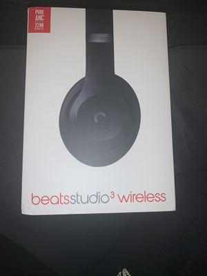 Beats studio 3wireless headphones for Sale in Canton, MI