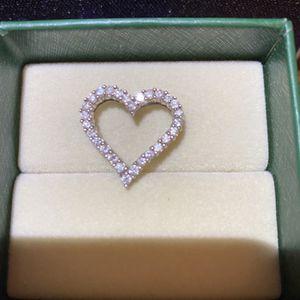 Diamond Heart Pendant for Sale in Sacramento, CA