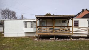 Mobile home, needs moved for Sale in South Zanesville, OH