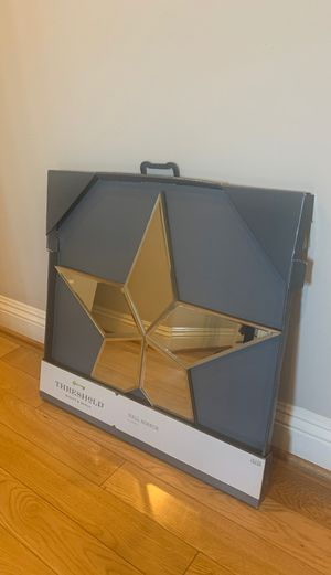 Target threshold brand star wall mirror for Sale in Los Angeles, CA