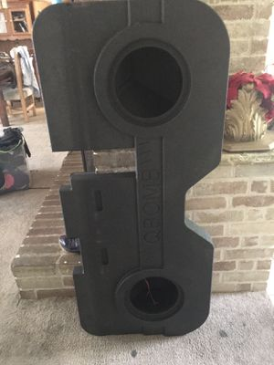 Dodge Ram speaker box for Sale in Jersey Village, TX
