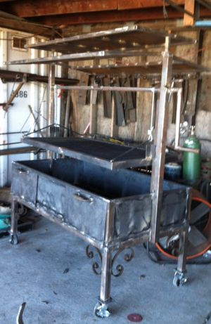 Metal grill for Sale in Fresno, CA