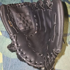 Baseball Bat Gloves Adult Kids Thick Imitate Cowhide Glove Outdoor Sports Softball Practice Baseball Gloves Size 10.5 for Sale in Blythewood, SC