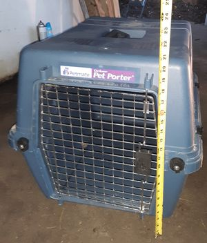 Medium Dog Crate for Sale in St. Louis, MO