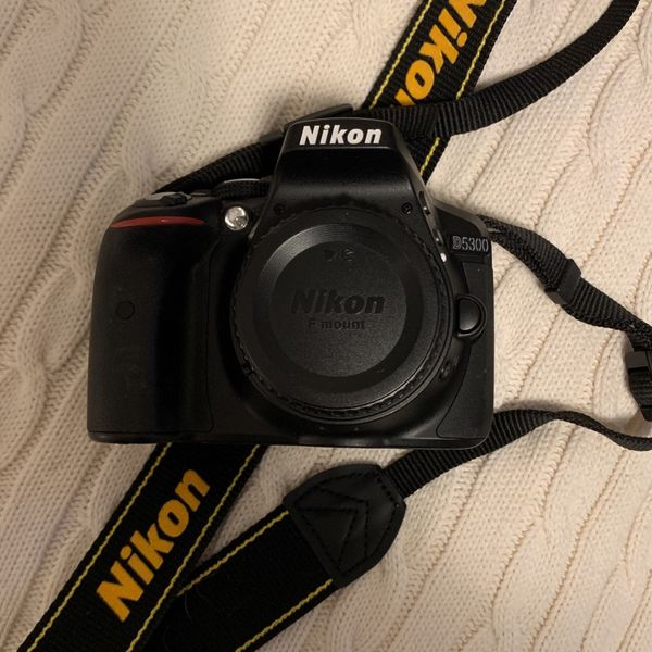 Nikon D5300 DSLR with 2 Lenses