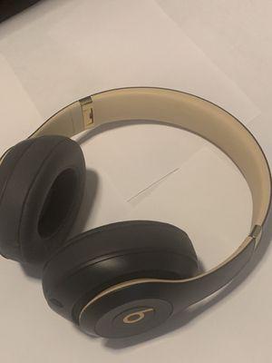 Apple headphones Beats NEW❗️ for Sale in Henderson, NV